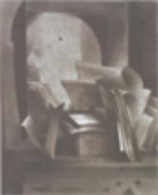 Lustro w sekretarce