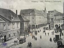 Zielona Góra / Grünberg; Rathaus u. Laubengang; Fragment Starego Rynku z Ratuszem i widokiem na ul. Pod Filarami