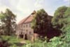 Kożuchów; Zamek obronny z XIV w.