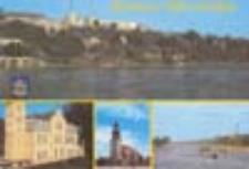 Krosno Odrzańskie; Widok znad Odry. Siedziba Urzędu Miasta i Gminy. Kościól farny. Barki na Odrze